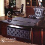 Meja Kantor Direktur Mewah Royal Klasik