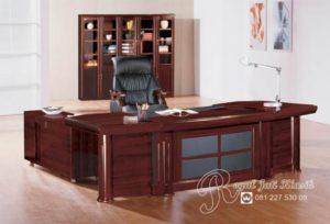 Set Meja Kantor Mewah Jati Minimalis Avezi