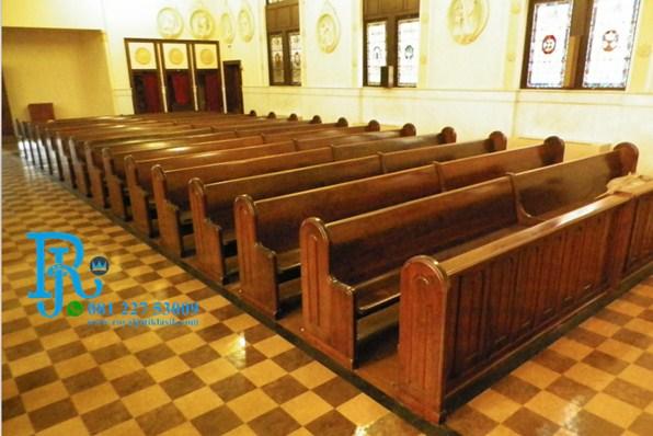 Kursi Gereja Kristen Jati Minimalis
