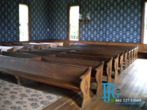 Kursi Gereja Kristen Jati Tua Minimalis