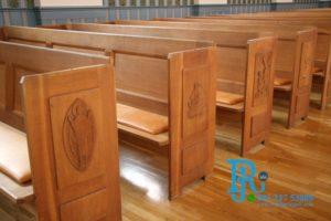 Set Kursi Gereja Kristen Kayu Jati Minimalis