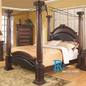 Tempat Tidur Kanopi Ukir Royal Klasik