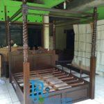 Tempat Tidur Kanopi Jati Minimalis
