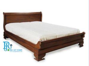 Ranjang Tidur Minimalis Jati Tradisi