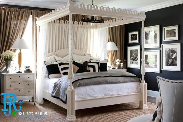 Tempat Tidur Kanopi Pengantin Elegan Duco