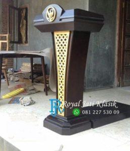 Podium Presiden Minimalis Model Ukir Garuda