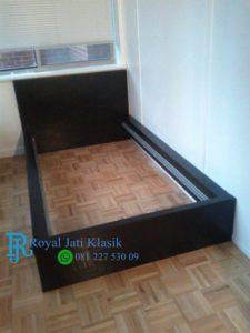 Ranjang Anak Minimalis Black Royal Klasik