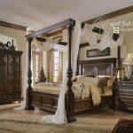 Kamar Tidur Set King Kanopi Royal Klasik